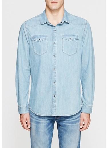 Mavi Gömlek Renksiz